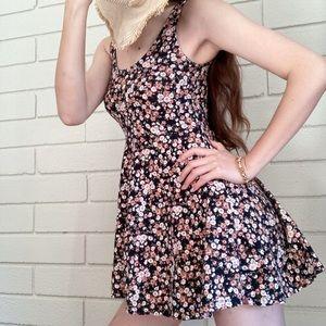 Forever 21 Floral short dress